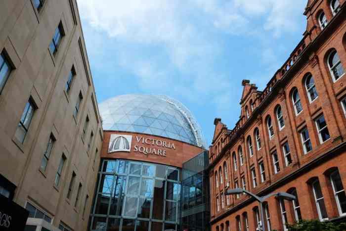 Belfast  centre commercial Victoria Square ©Etpourtantelletourne.fr