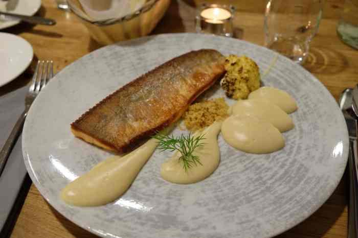 Islande en hiver restaurants  ©Etpourtantelletourne.fr