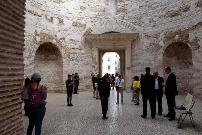 Itinéraire sur les lieux de tournage de Game of Thrones en Croatie - Split - fils de la harpie - Meereen ©Etpourtantelletourne.fr