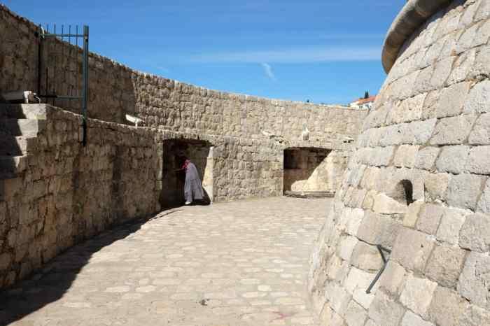Itinéraire sur les lieux de tournage de Game of Thrones en Croatie - Dubrovnik - Tour Minceta - Qarth ©Etpourtantelletourne.fr