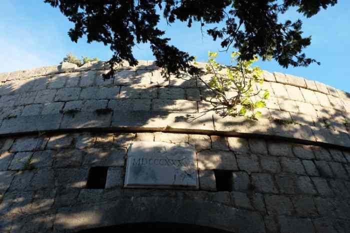 Fort royal sur l'île de Lokrum Dubrovnik ©Etpourtantelletourne.fr