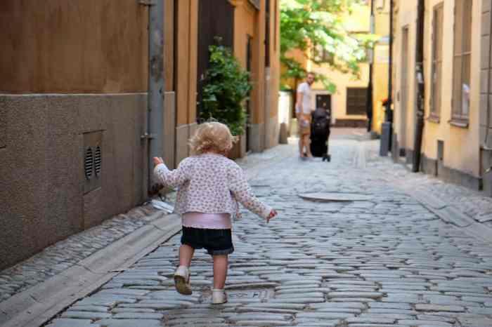 Visite en famille de la vieille ville de Stockholm // ©etpourtantelletourne.fr