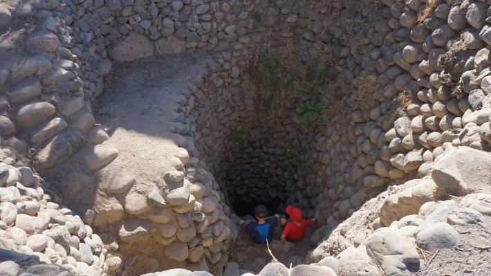 Nazca - Les gars dans les aqueducs