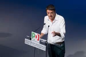 Renzi parla all'Assemblea naz Pd