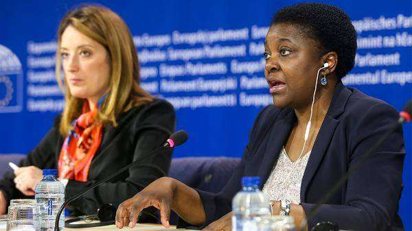 Rapport Metsola-Kyenge adopté en Plénière : vers un système européen commun d'asile ?