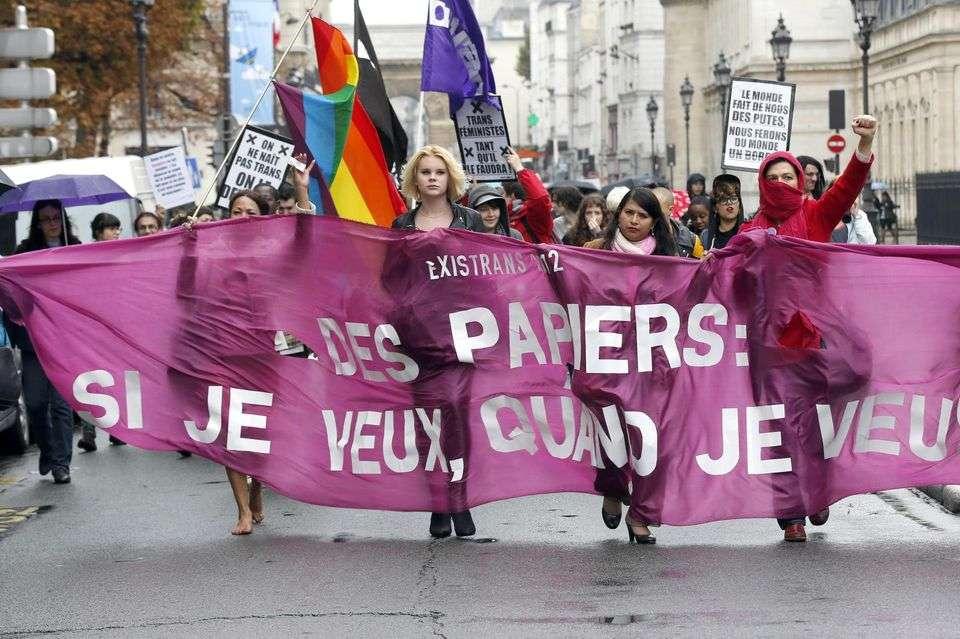 Changement d'état civil pour les trans* : bilan mitigé de la nouvelle loi pour la justice au XXIème siècle