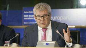 #FactOfTheDay 08/02/2018: The MEPs have voted to dismiss Ryszard Czarnecki