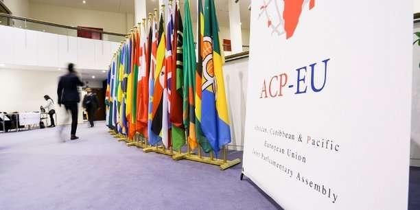 Les questions migratoires ralentissent les négociations de l'accord post-Cotonou