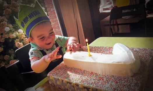 Feestje! Kleinzoon Cyriel werd 1 jaar!