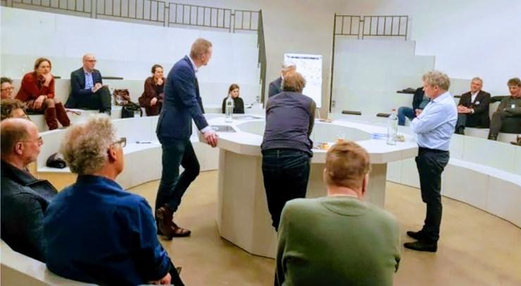 Expertmeeting met  supervisor Winy Maas, rijksbouwmeester Floris Alkemade, EHVXL, erfgoedstichtingen, ondergetekende en anderen