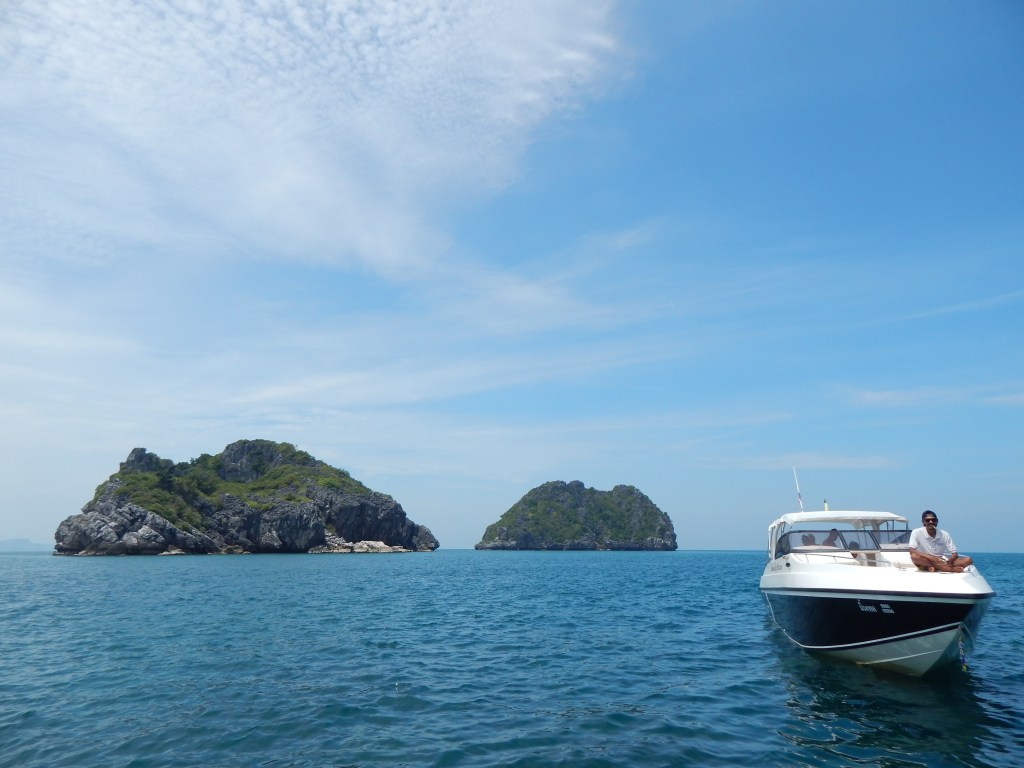 Sailing the islands of Thailand (Copyright: Eugene Yiga)