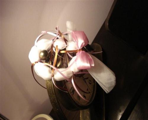 Βραχιολάκι, 7 κουφέτα, σατέν διπλή κορδέλα, σατέν κορδόνια.