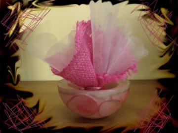 Μπομπονιέρα με Κουφωτό Κερί, Σατέν Ροζ Κορδόνι