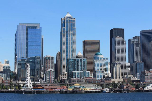 Vista de Seattle - balsa para Bainbridge Island