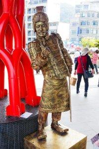 street performer at ito thao pier sun moon lake
