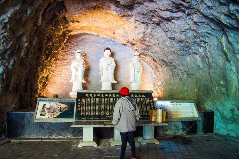 guanyin shrine chang chun trail hualien taiwan