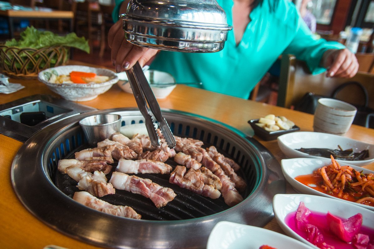 Black pork bbq, 3 day Jeju itinerary