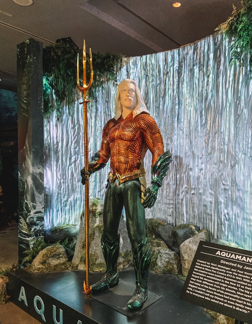 Aquaman costume, Warner Bros Studio Tour, LA, 2-week US itinerary with no car