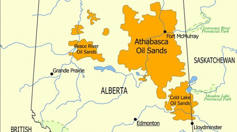 This map shows the extent of the oil sands in Alberta, Canada. The three oil sand deposits are known as the Athabasca Oil Sands, the Cold Lake Oil Sands, and the Peace River Oil Sands. Credit: NormanEinstein, Wikipedia Commons.