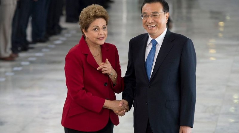 Brazil's Dilma Rousseff received at the Palácio do Planalto the Chinese Prime Minister Li Keqiang. Photo by Marcelo Camargo/Agência Brasil, Wikimedia Commons.