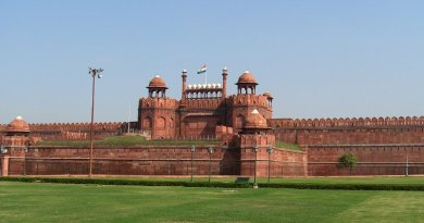 The Red Fort, Delhi, India. Photo by Alex Furr, Wikipedia Commons.
