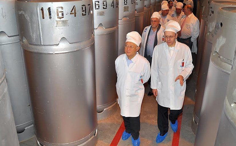 IAEA Director General Yukiya Amano inspects the reserve of LEU stored in Angarsk and made available by Russia for the future LEU bank in Kazakhstan. Photo Credit: ROSATOM.