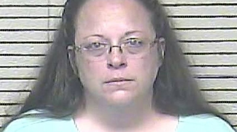 Mug shot of Kim Davis. Photo: Carter County Detention Center, Wikipedia Commons.