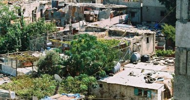 Sabra Shatila refugee camp in Lebanon. Photo by Deutsch Laender, Wikipedia Commons.