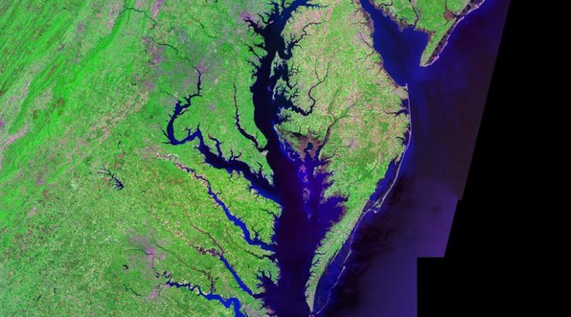 Satellite (Landsat) picture of Chesapeake Bay (center) and Delaware Bay (upper right) - and Atlantic coast of the central-eastern United States. Landsat photo, from circa 2000. Generated via from NASA data, Wikipedia Commons.