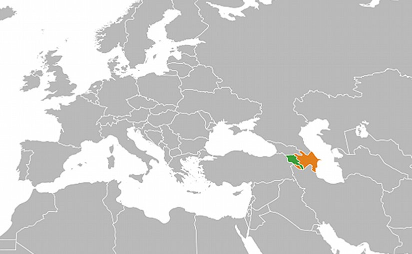 Locations of Armenia (green) and Azerbaijan. Source: Wikipedia Commons.