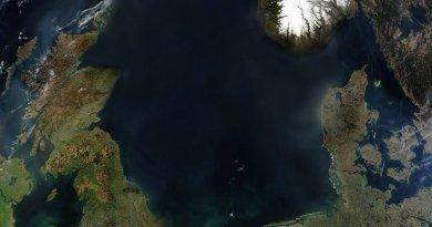 North Sea. Source: Satellite image by NASA, Wikipedia Commons.