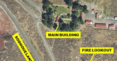 This USGS satellite image of the MNWR headquarters complex is labeled to show key locations referenced in news reports of the militia occupation. Source: Wikipedia Commons.