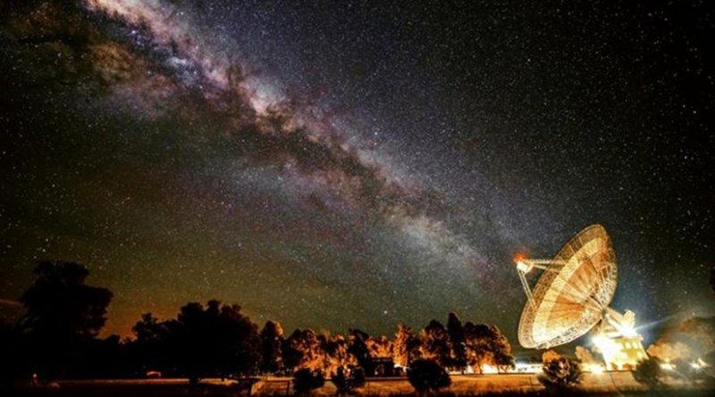 CSIRO's Parkes radio telescope will search for alien civilisations, as part of the $100 Million Breakthrough Listen project. Credit: Wayne England
