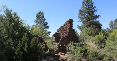 A 2012 photo of standing walls at the ruins of an Ancestral Jemez village that was part of the published study. Credit: Christopher Roos, SMU