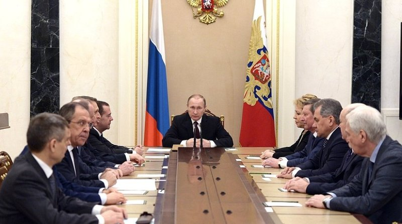 Russia's Presidend Vladimir Putin meets with permanent members of the Security Council.