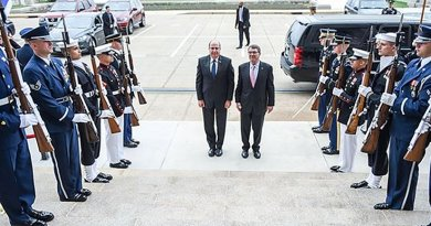 Defense Secretary Ash Carter, center right, hosts an honor cordon welcoming Israeli Defense Minister Moshe Yaalon, center left, to the Pentagon, March 14, 2016. DoD photo by Army Sgt. 1st Class Clydell Kinchen
