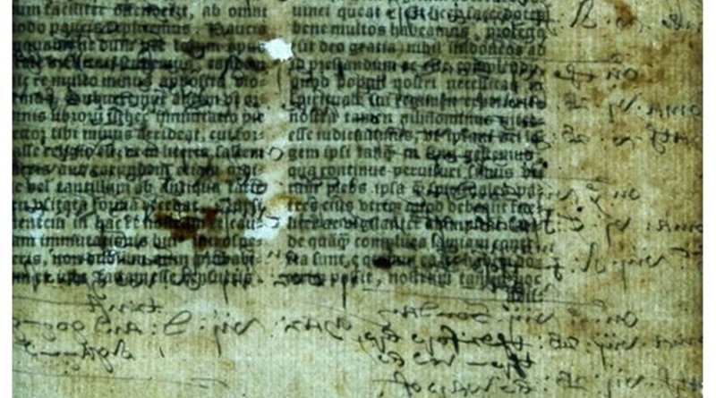 Hidden annotation are mixed with biblical text in a 1535 Latin Bible. Credit © Lambeth Palace Library