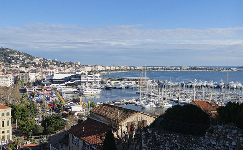 Cannes, Frane. Photo by MOSSOT, Wikipedia Commons
