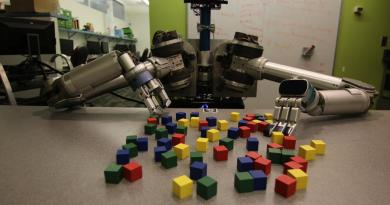 New software developed by Carnegie Mellon University helps mobile robots deal efficiently with clutter, whether it is in the back of a refrigerator or on the surface of the moon. Credit Carnegie Mellon University Personal Robotics Lab
