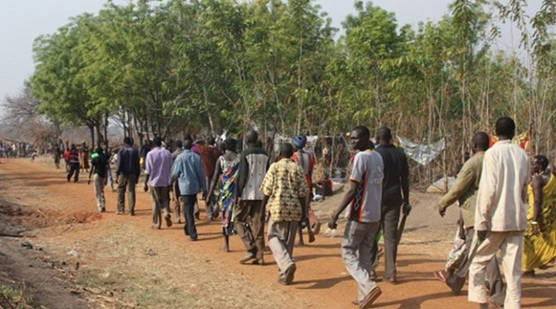 South Sudanese citizens fleeing from war in 2014. On the fifth anniversary of the country's independence, many have been forced to flee once again. Image credit: European Commission DG ECHO/Malini Morzaria