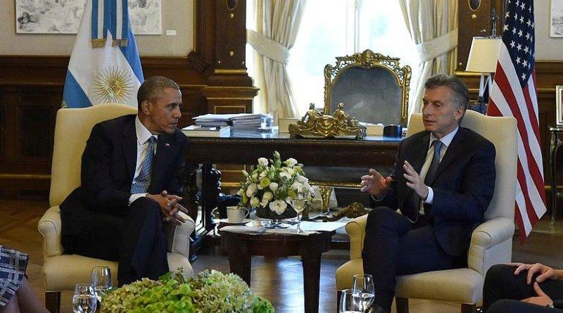 Argentina´s president Mauricio Macri with the presidente of the United States Barack Obama. Photo by Presidencia de la Nación Argentina, Wikimedia Commons.