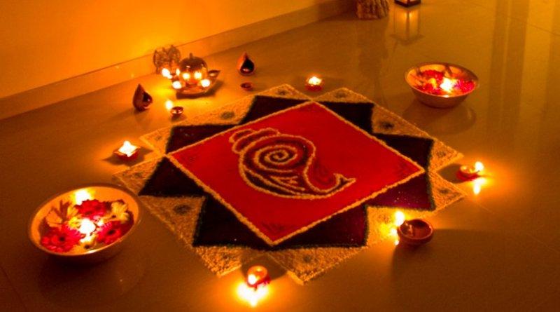 Rangoli decorations, made using coloured powder, are popular during Diwali. Photo by Subharnab Majumdar, Wikipedia Commons.