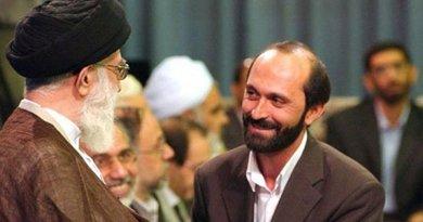Saeed Toosi with Ali Khamenei, the Supreme Leader of Iran. Photo via Radio Zamaneh.