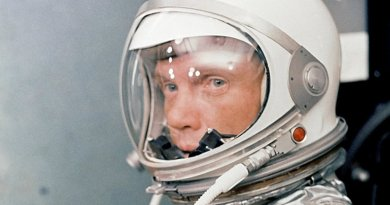 John Glenn. Photo Credit: NASA, Wikipedia Commons.