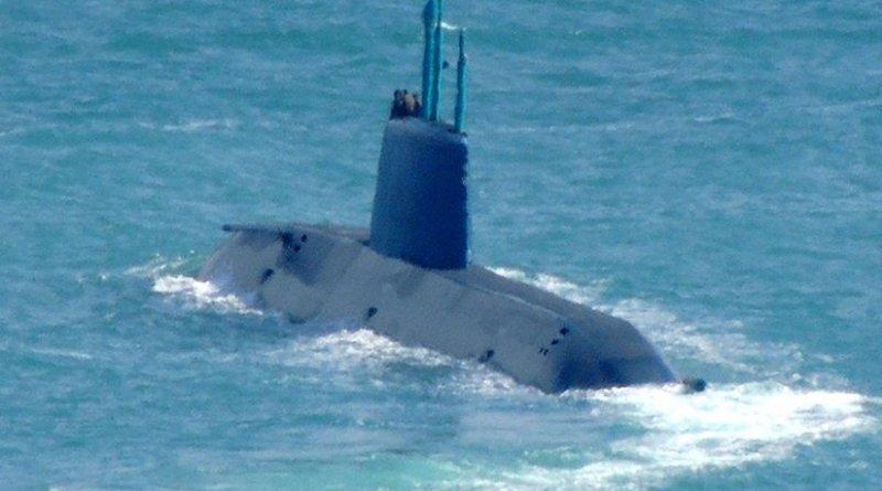 INS Rahav, an Israeli Dolphin 2-class submarine. Photo by Peter Szamosi, Wikipedia Commons.