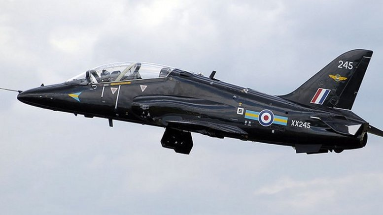 A British Aerospace Hawk T1. Photo by Adrian Pingstone, Wikipedia Commons.