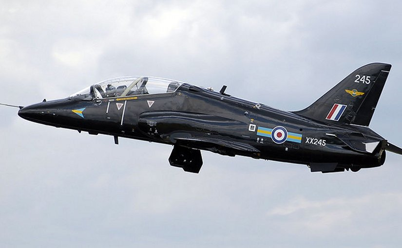 A British Aerospace Hawk T1. Photo by Adrian Pingstone, Wikipedia Commons.