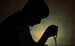 Muslim prayer beads. Photo by Muhammad Rehan, Wikipedia Commons.