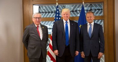 President Donald Trump poses for a photo with European Union leaders, President Jean-Claude Juncker and European Council President Donald Tusk, Thursday, May 25, 2017, at the European Union Headquarters in Brussels, prior to the start of their bilateral meeting. (Official White House Photo by Shealah Craighead)