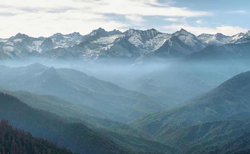The view from Moro Rock in Sequoia National Park, located within California's southern Sierra Nevada mountains. Credit Fotolia